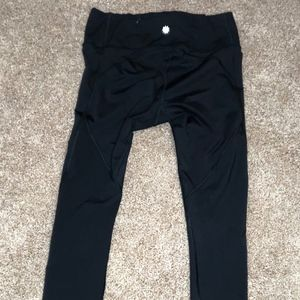 Athleta Stealth 7/8 Tight, Size Small, Color: Blac
